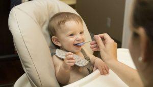 La alimentación bebé durante la etapa de crecimiento