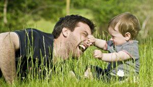 Cómo educar con firmeza y cariño mediante rutinas de comportamiento